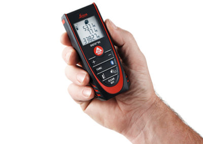leica-d2-in-hand-front-laser-distance-measurer-838725